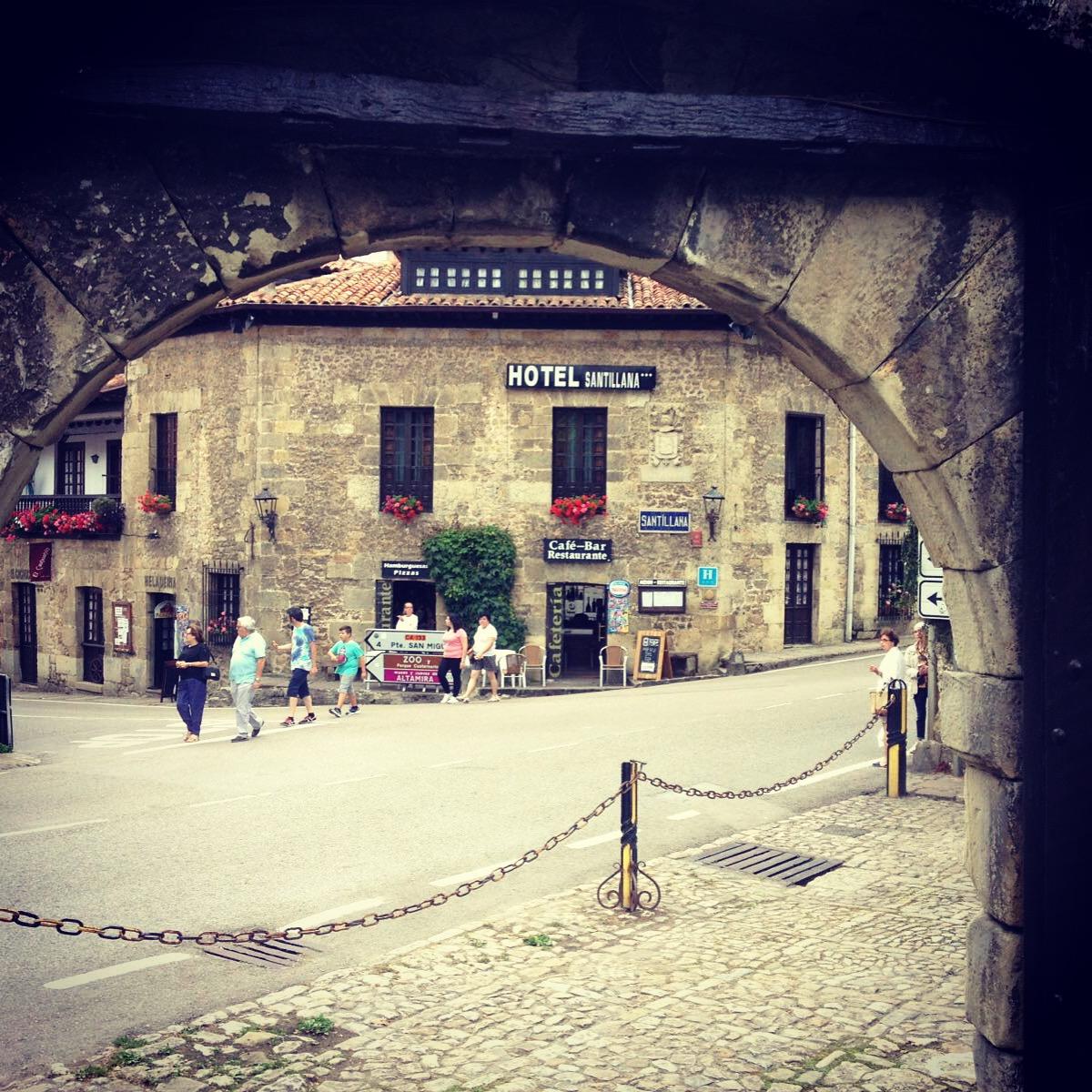 hotel_santillana